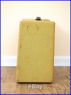 1957 Fender Deluxe Tweed Pre-CBS Narrow Panel Vintage Tube Amplifier 5E3 Circuit