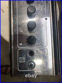 Ampeg vt-60 Tube Amp Amplifier Vintage For Parts Repair