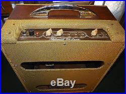 National DELUXE 1260 by Valco Vintage 1950s Electric Guitar Tube Amplifier