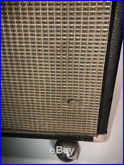 Used Fender Vintage 76' Pro Reverb all Tube Guitar Amp With Cover