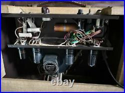 Vintage 1950s Gibson Gibsonette Tube Amplifier 1956 Amp Functioning