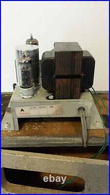 Vintage 1964 Airline Portable Speaker Tube Amplifier GPL 3823A Grey Tolex