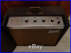 Vintage 1964 Gibson. SCOUT. GA-17RVT Tube Amplifier Amp ORIGINAL GIBSON SPEAKER