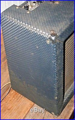 Vintage Ampeg Reverberocket R-12-R Tube Guitar Amp