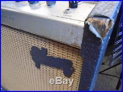 Vintage Gibson Discoverer Tremolo guitar tube amplifier