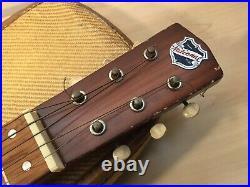 Vtg #97 National Waikiki Deluxe guitar tube amp and lap guitar w matching case
